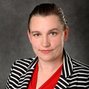 Portrait photo of Rebecca Knickmeyer